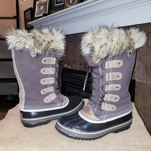 SOREL JOAN OF ARCTIC FAUX FUR INSULATED BOOTS 😍